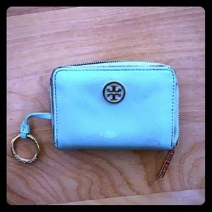 Tory Burch key and wallet case amazing and loved